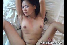 Caiu no porno tube metendo na xoxota da novinha