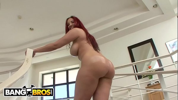 Yespornplease - Kelly Divine Got An Ass