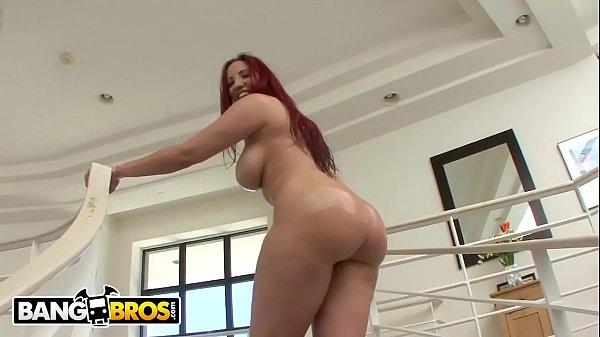Yespornplease - Kelly Divine Got An Ass